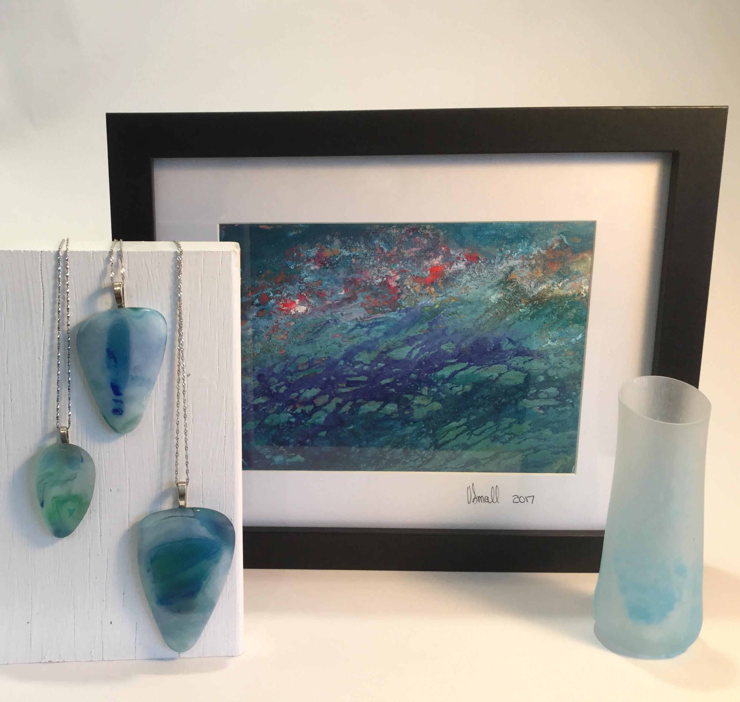 VSmall_Pendants-glass_-Lilly-Pond-_-Ink-Low-tide_slumped-glass.jpg