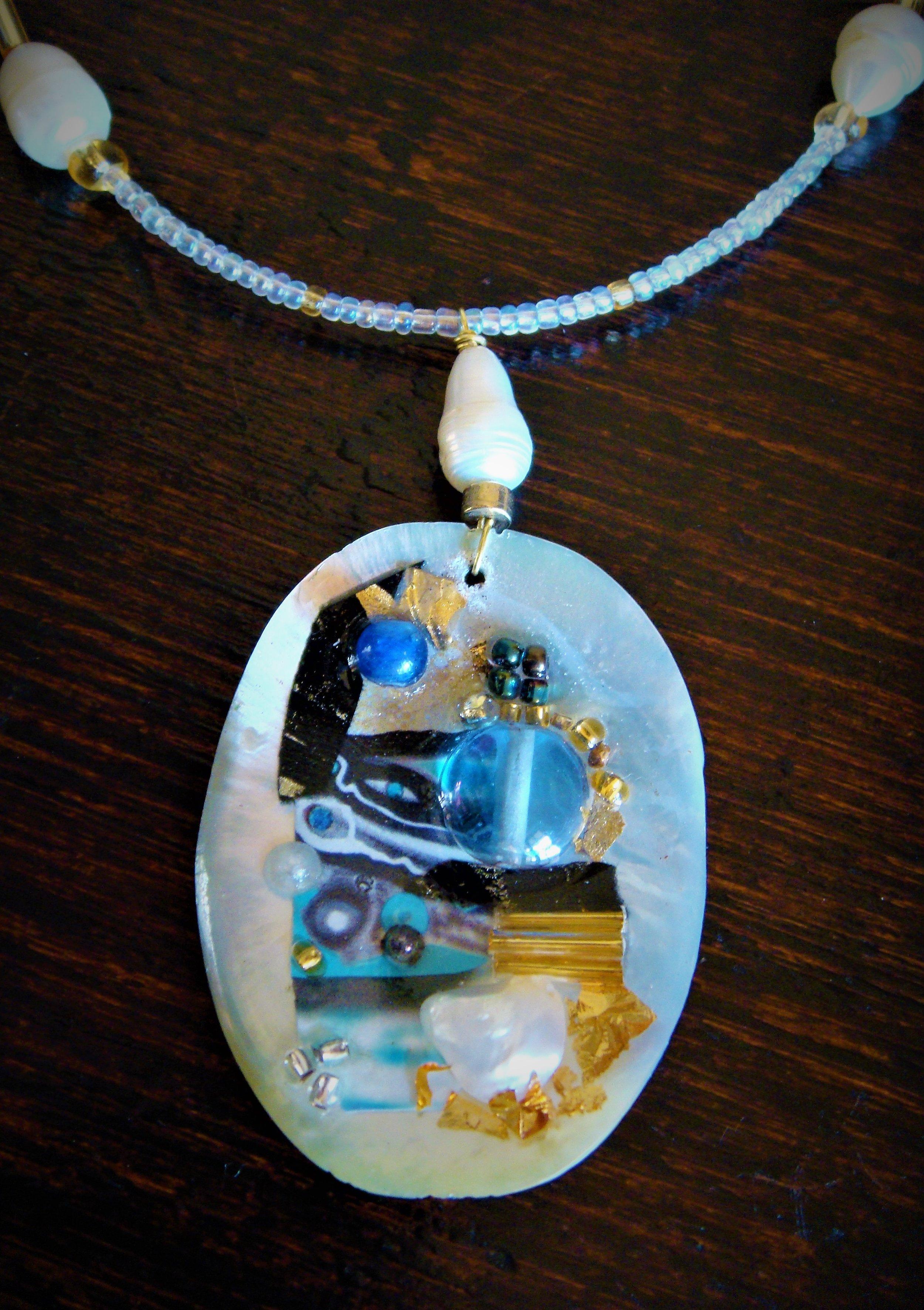 Eseence-of-Sea-detail-neckpiece.jpg