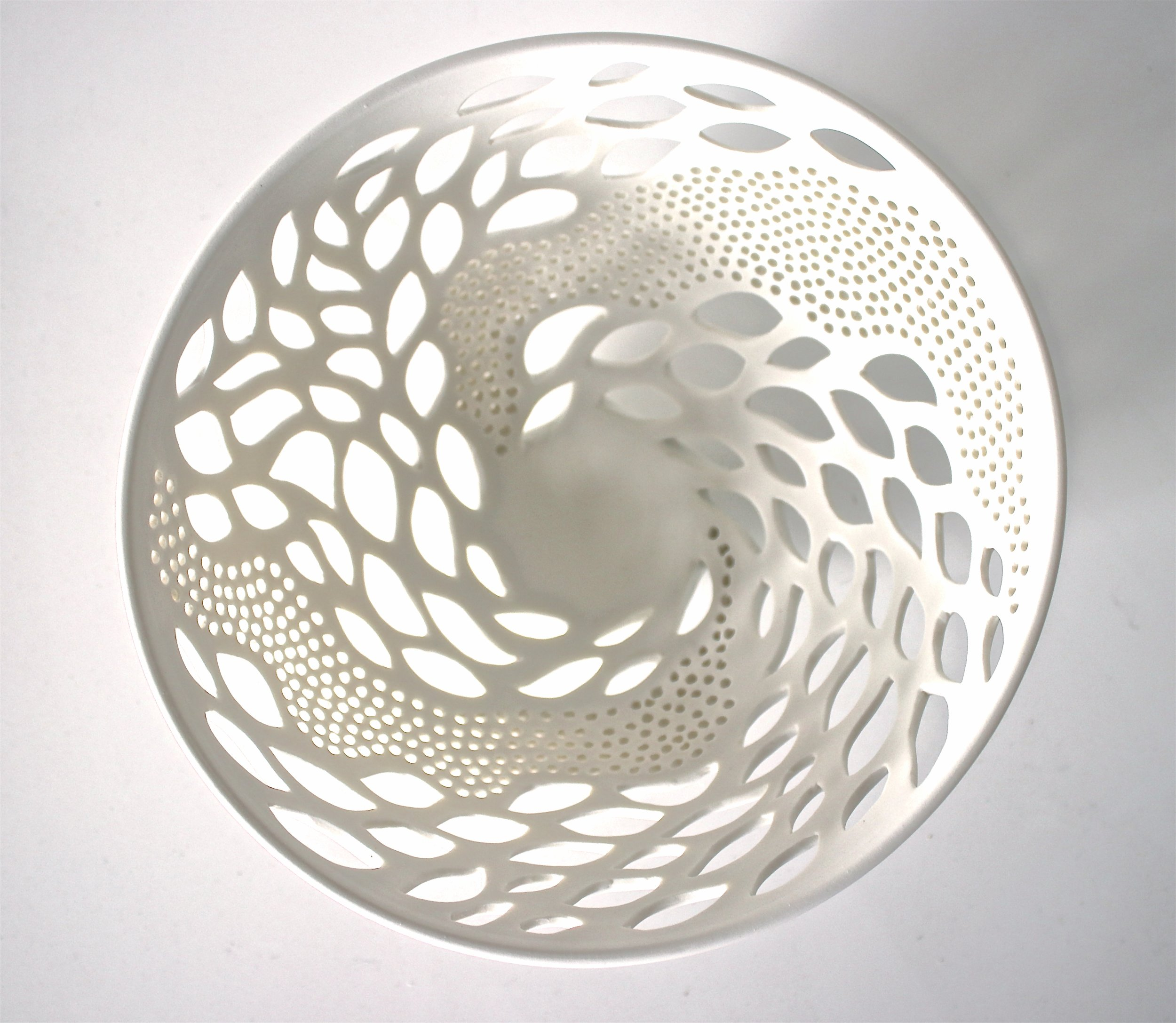 Ocean Bowl, Porcelain, 30d x 30cm.JPG