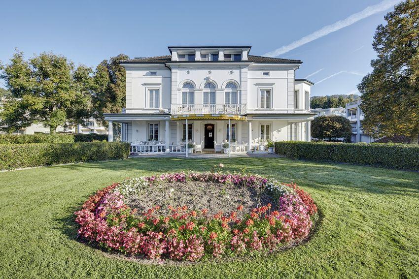 Bild:  www.villa-schweizerhof.ch