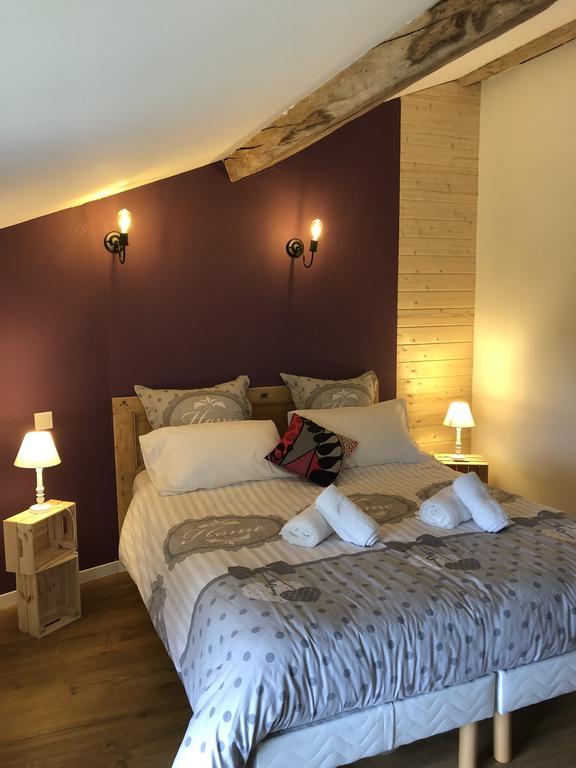 https://www.gites-de-france-ain.com/location-vacances-Varambon-Le-Nid-De-L-ain-01G430510.html