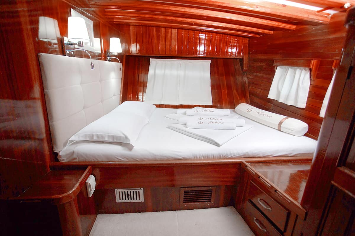 MALENA-Double-cabin-2.jpg