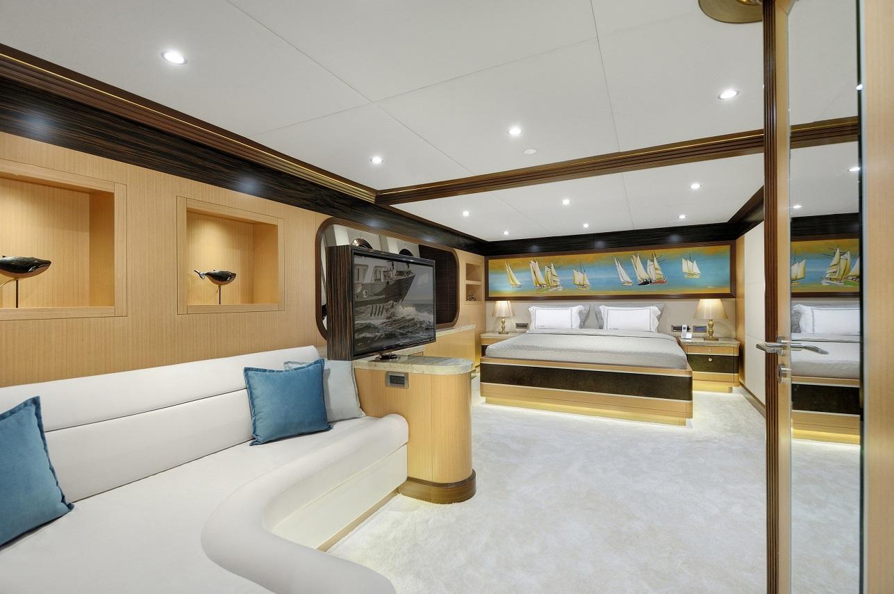 Meira Yacht (74).jpg