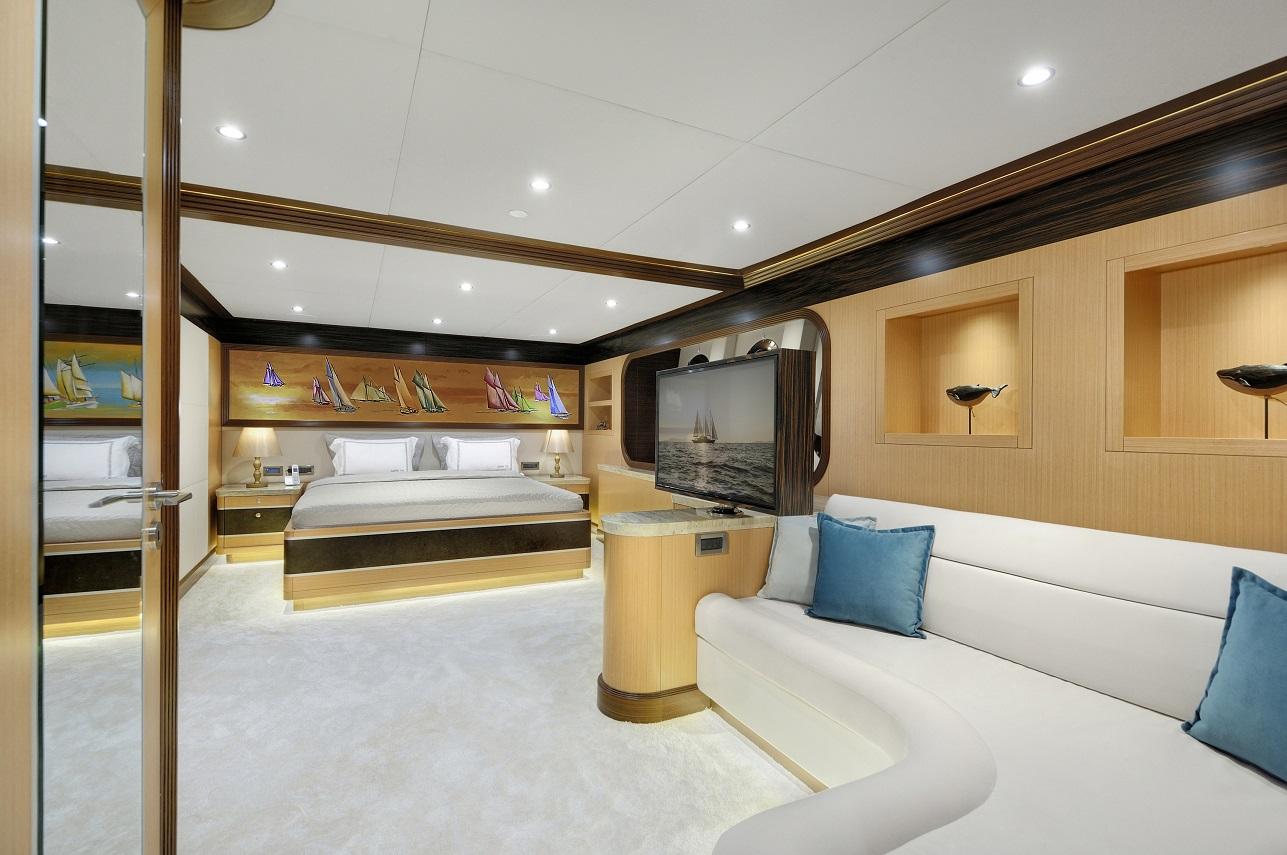 Meira Yacht (77).jpg