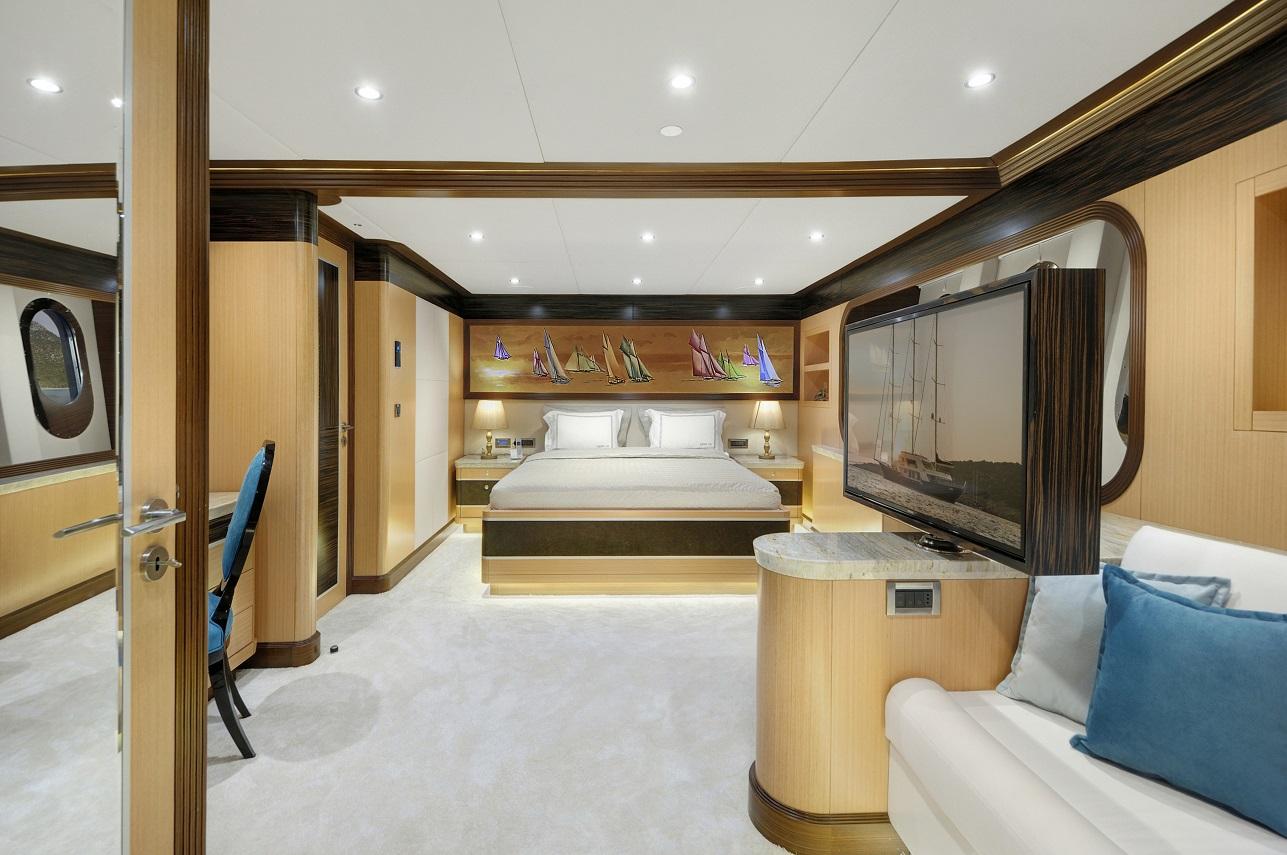 Meira Yacht (80).jpg