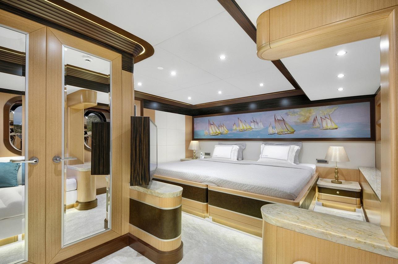 Meira Yacht (86).jpg