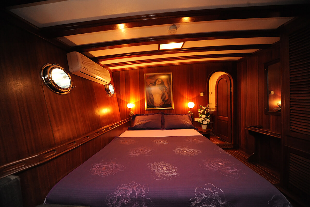 Double-Cabin-on-Prenses-Lila.jpg