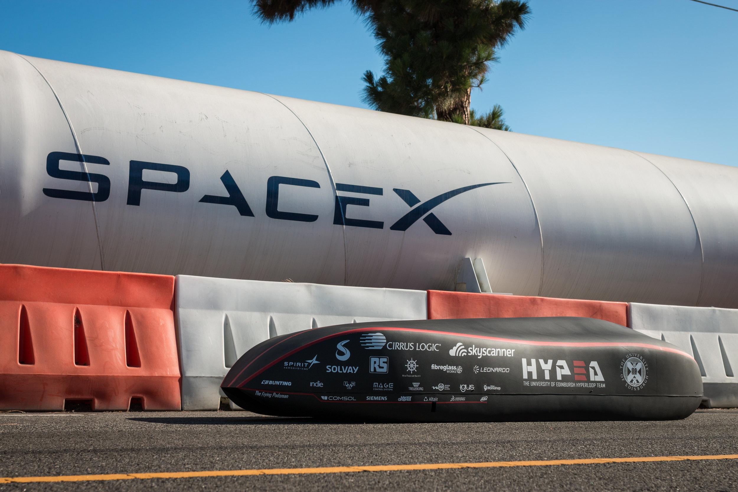 Pod_SpaceX_Back.jpg