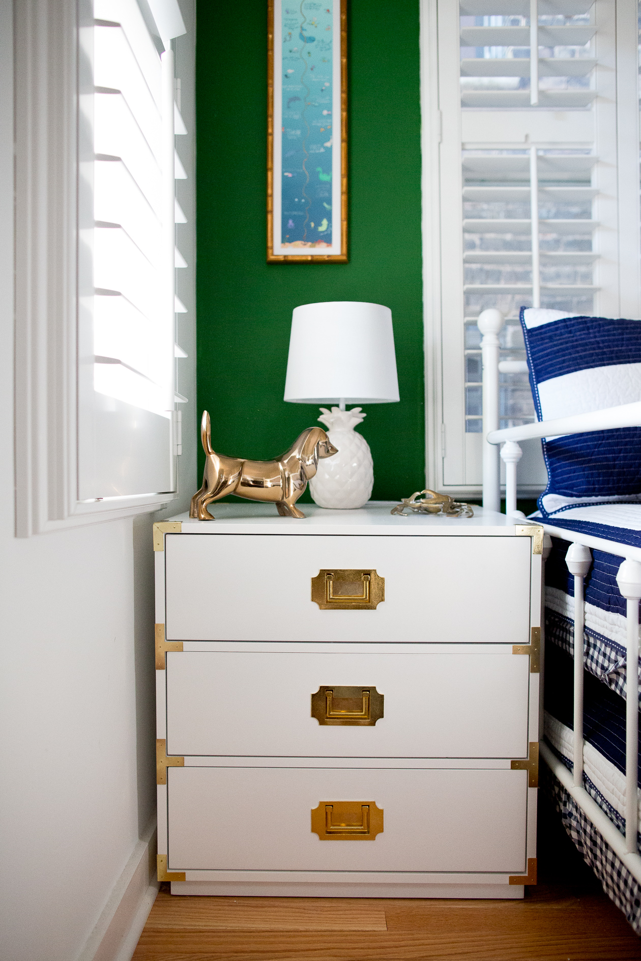 Preppy-green-walls-gold-frames-600-1.jpg