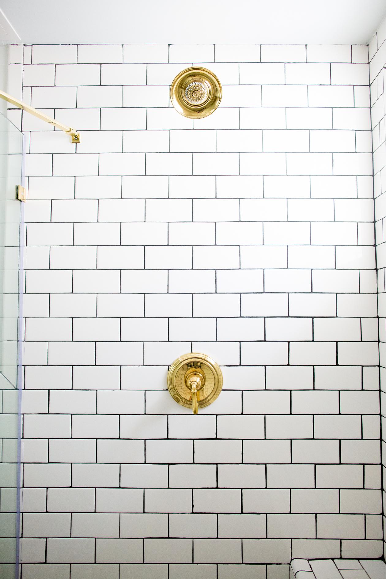 Kelly-in-the-City-Master-Bathroom-Renovation-40.jpg