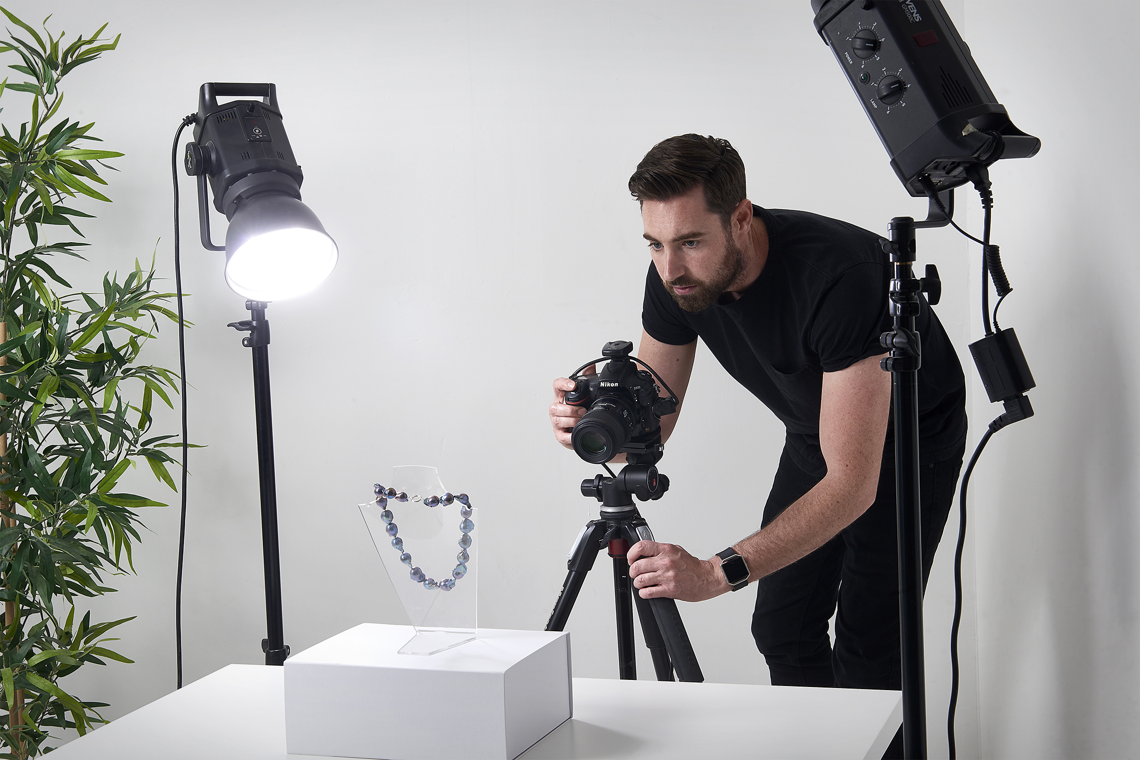 - JEWELLERY PHOTOGRAPHY, ART OR SCIENCE?People who purchase jewellery online like to know that what they see in the image is what they receive in the the box. But, it It takes a lot of skill to get images of jewellery looking crisp and lifelike. Read on to discover how... Read More…