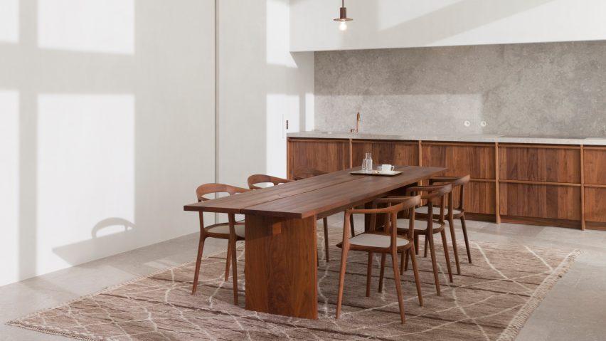 penthouse-westkaai-hans-verstuyft-architecten-interiors-antwerp-belgium_dezeen_heroa-852x479.jpg