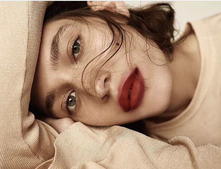 Blurred lips by H&M