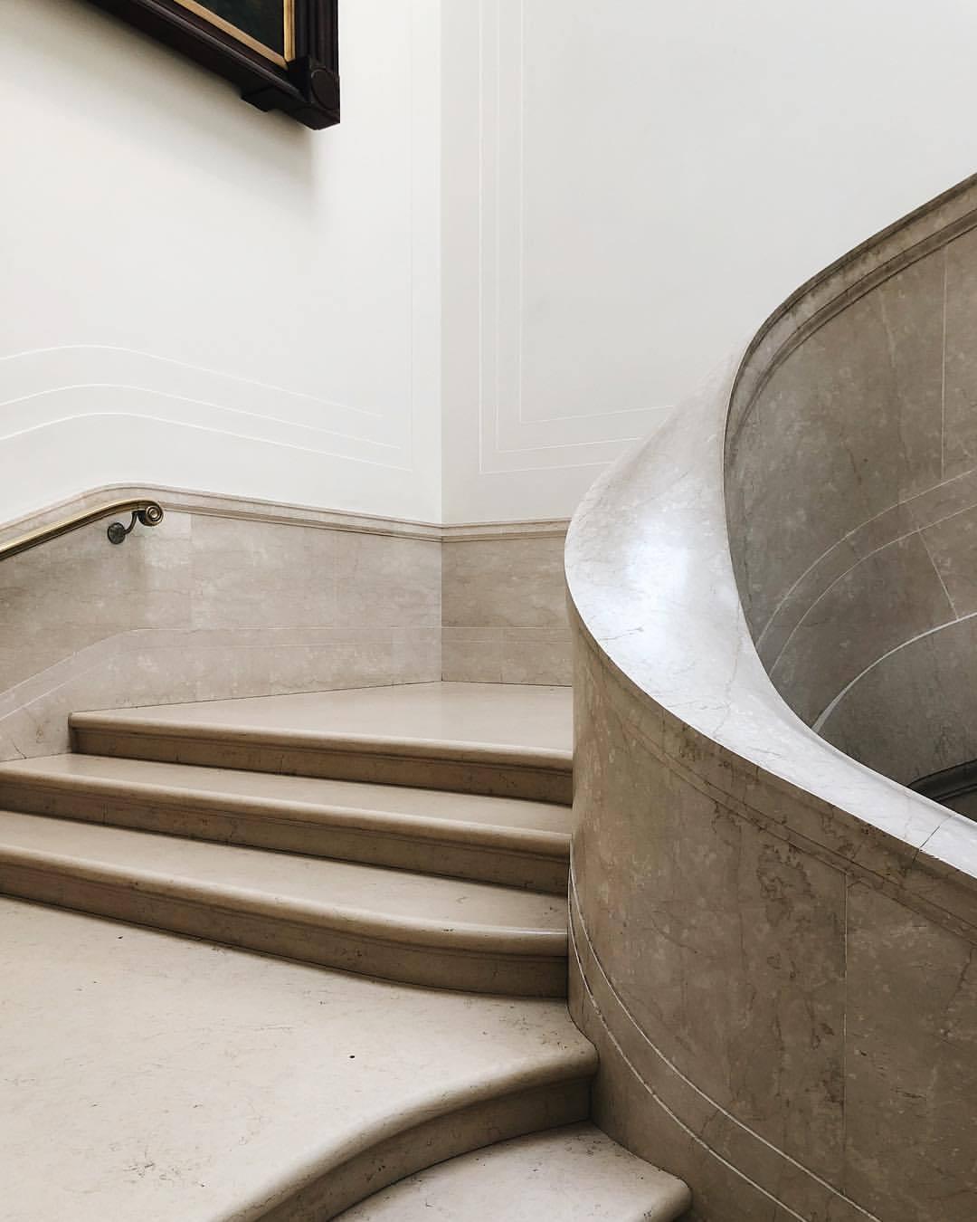 Museum corners at National Gallery of Art @   mindykoenigsfeld