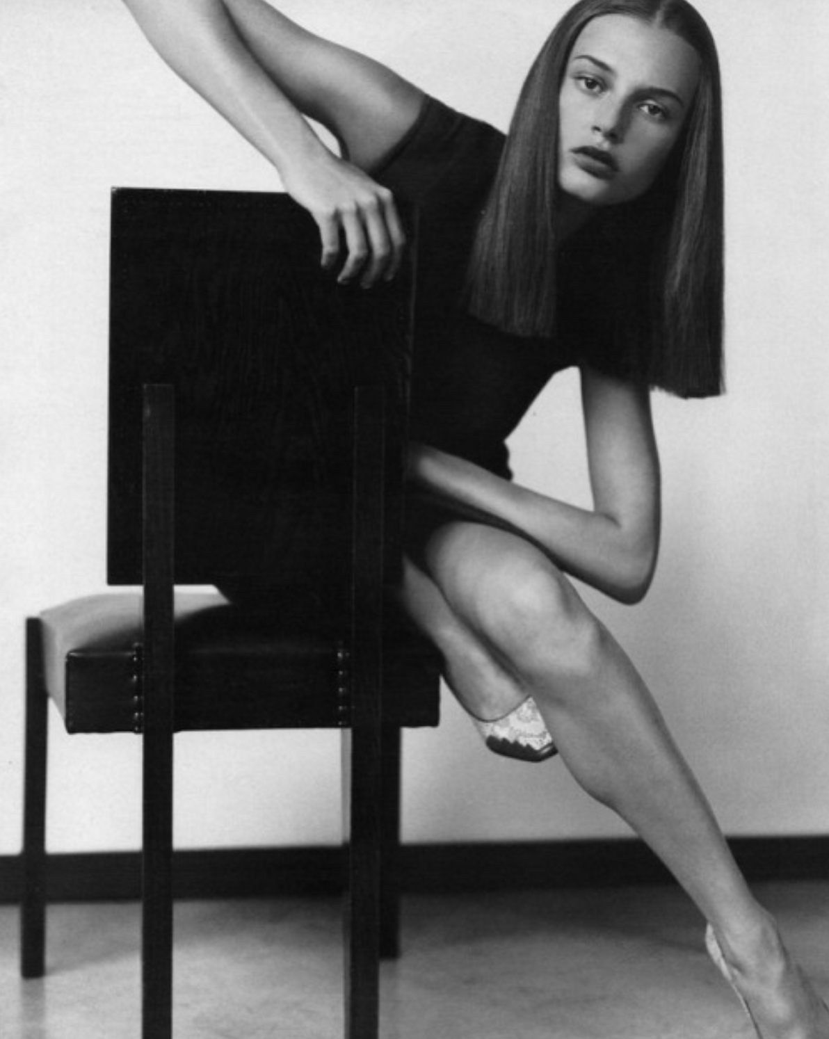 Bridget Hall photographed by Kelly Klein for Vogue Russia, September 1998