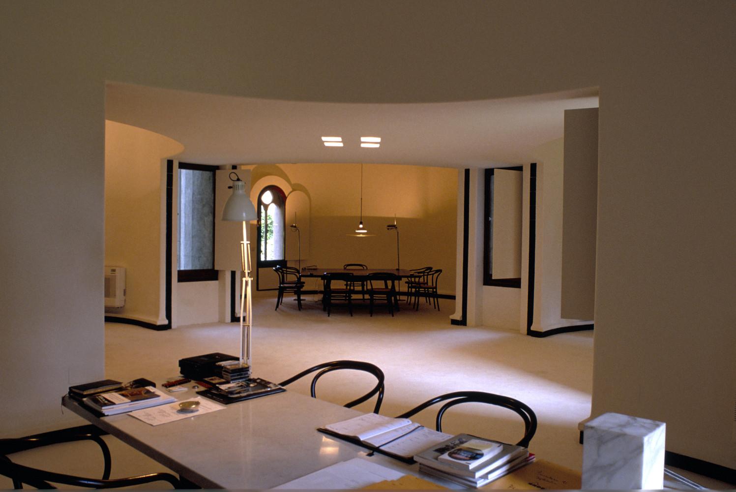 Ricardo_Bofill_Taller_Arquitectura_SantJustDesvern_Barcelona_Spain_WorkSpace_(5).jpg
