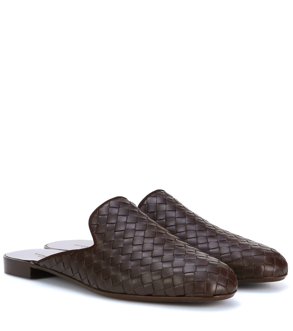 Intrecciato leather slippers