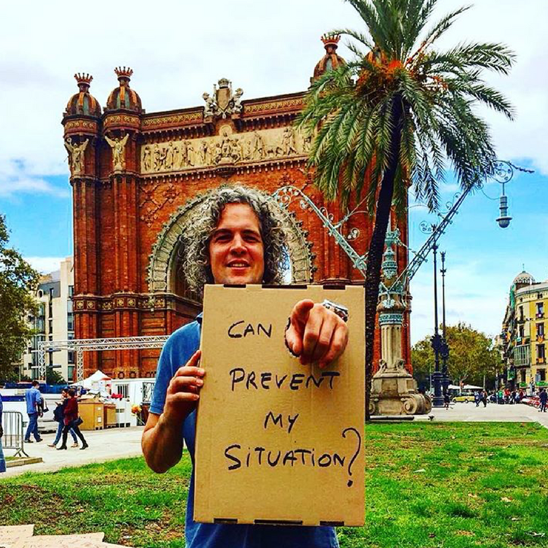 A member of Entrepreneurs' Organization's Belgian chapter participated in a street workshop that created public awareness during his stay in Barcelona.