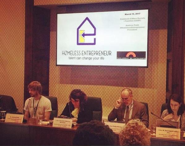 Presentación en la comisión de  asuntos sociales y de familias  del parlament de Catalunya.
