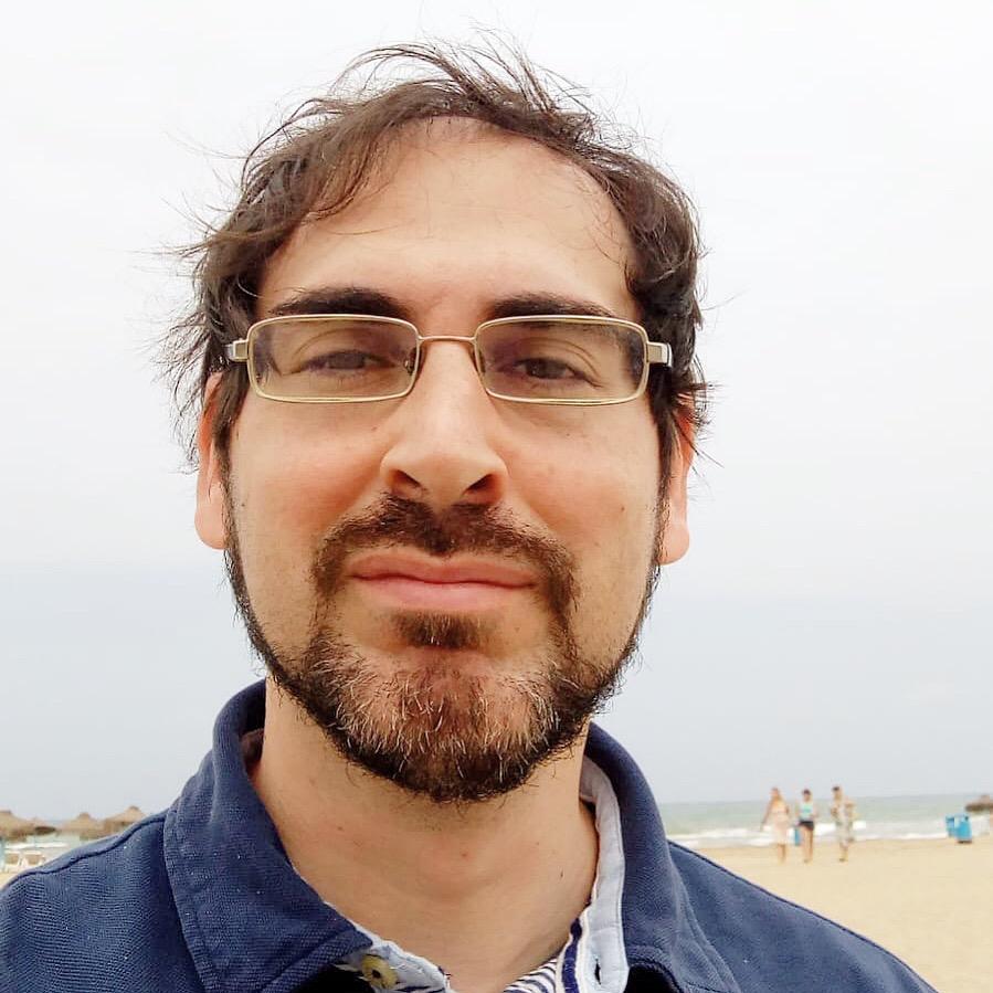 Tomas en la playa Malvarrosa (Valencia)