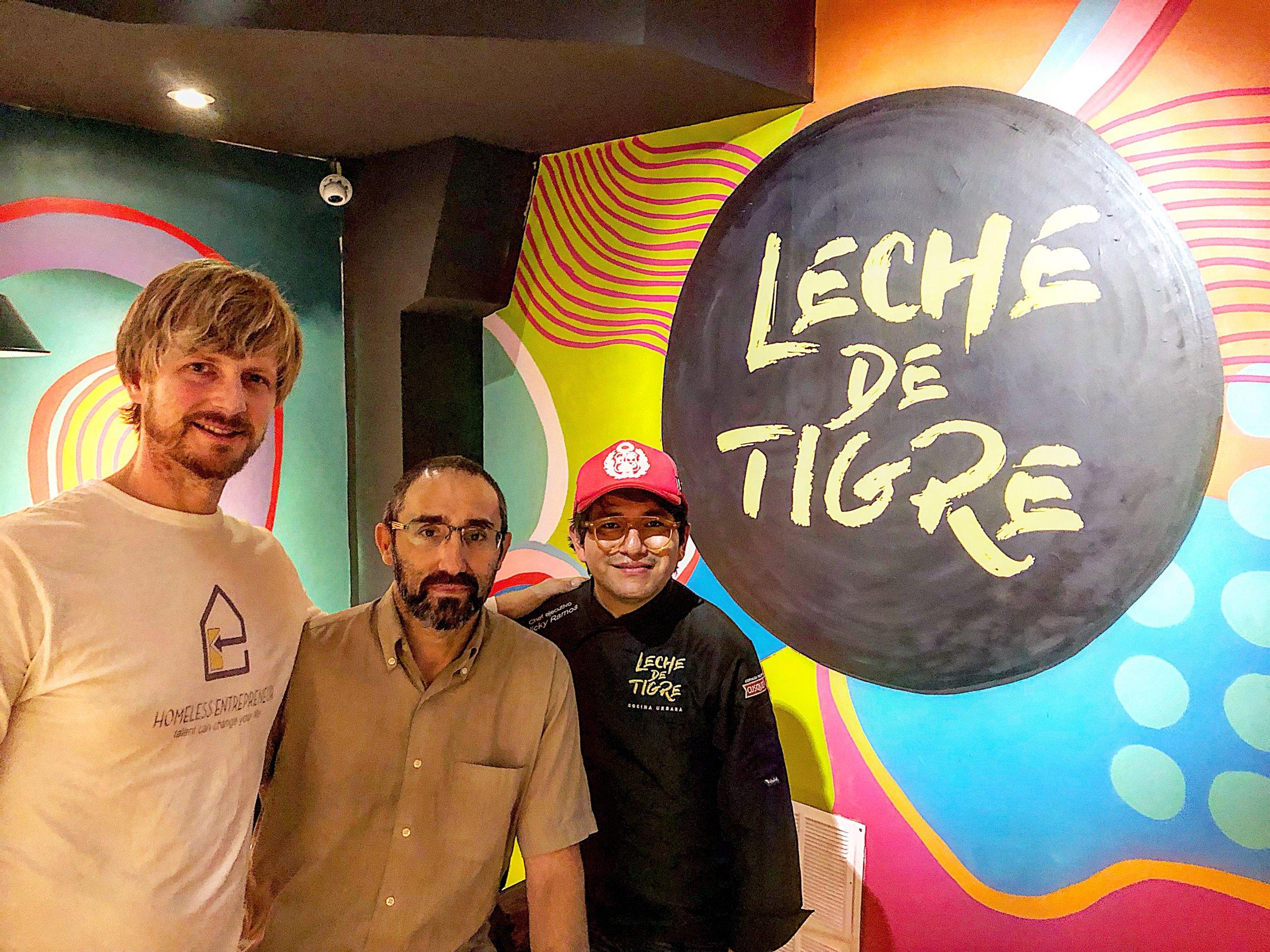 Andrew Funk, presidente de #HomelessEntrepreneur, Marc Olivé, promotor de Haibu 4.0 y Nicky Ramos, chef de Leche de Tigre.