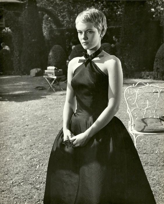 black dress1.jpg