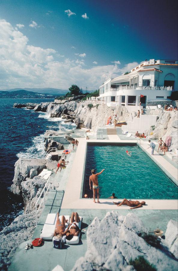 The pool at Hotel du Cap -Slim Aarons