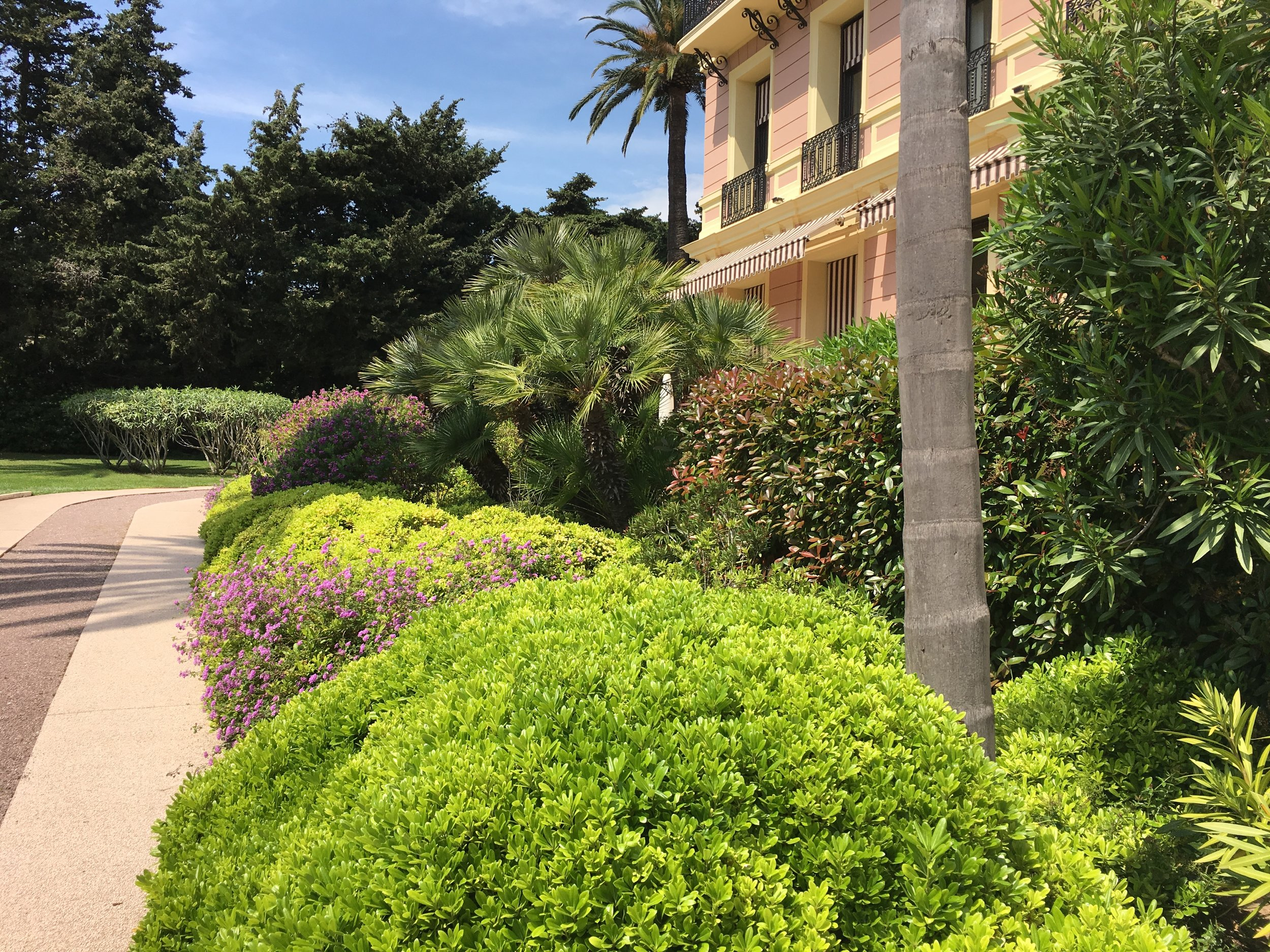 Hotel and gardens