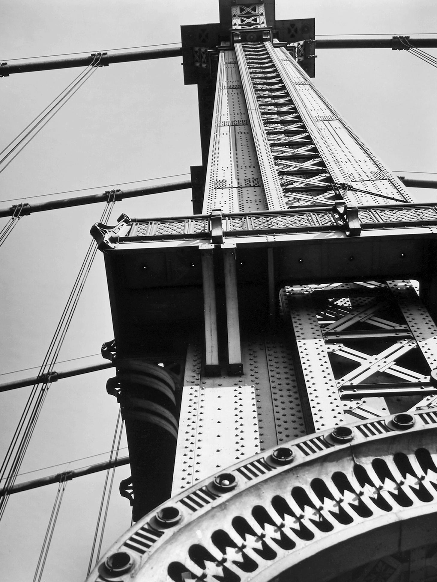 MANAHATTAN BRIDGE PILLAR_8x10_VERT.png