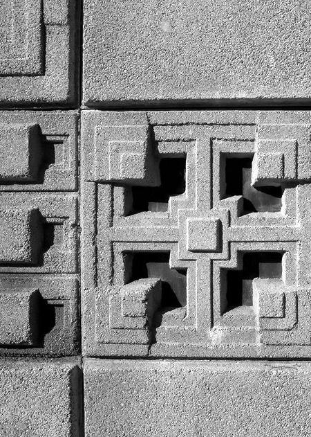 Textile_block_greyscale.jpg