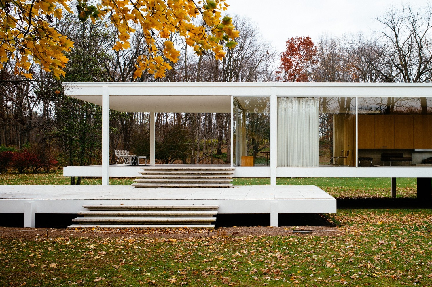 Mies vad der Rohe – Farnsworth House in Plano, Illinois