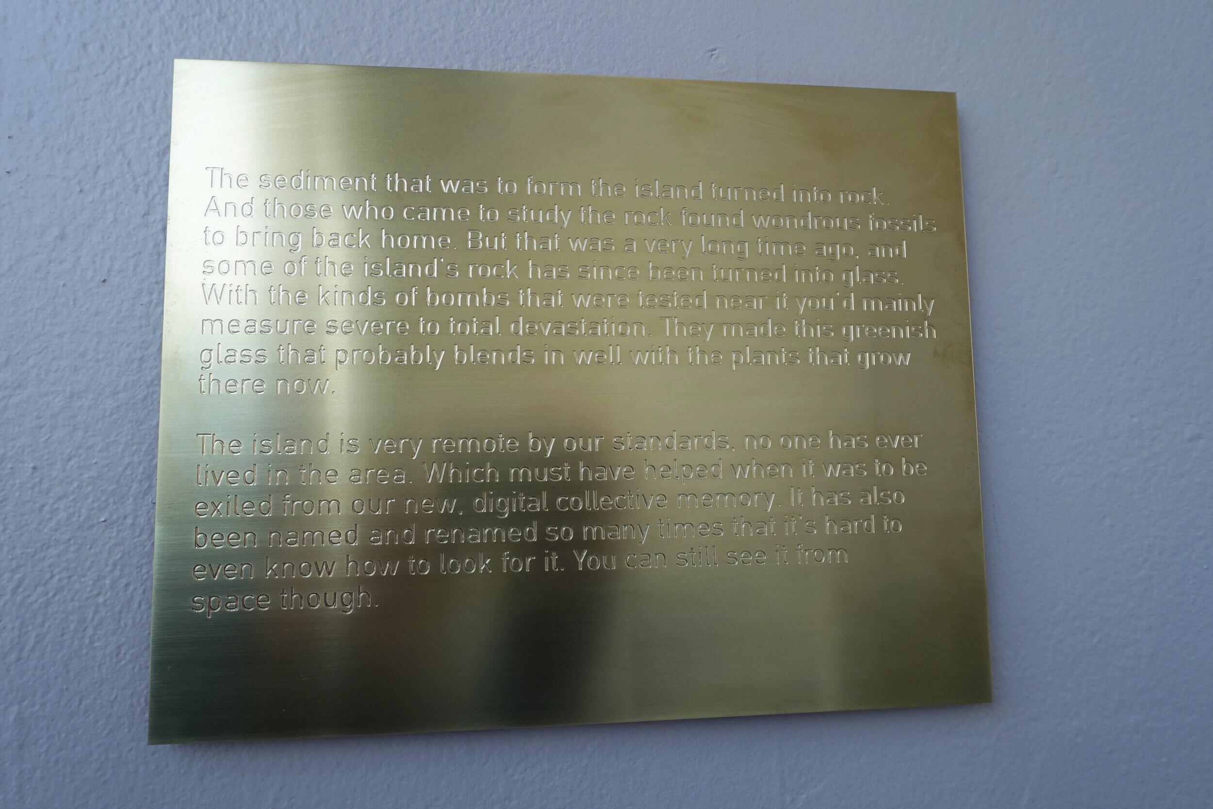 Fra utstillingen  Mineral Deposits  hos Studio17. Detalj fra Daniel Hansens  An Island Between, II  Foto: Arnhild Sunnanå