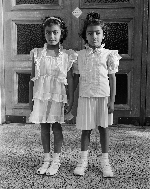 034_028_Twin Girls.jpg