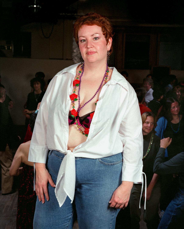 021_028_white blouse,red-black bra.jpg