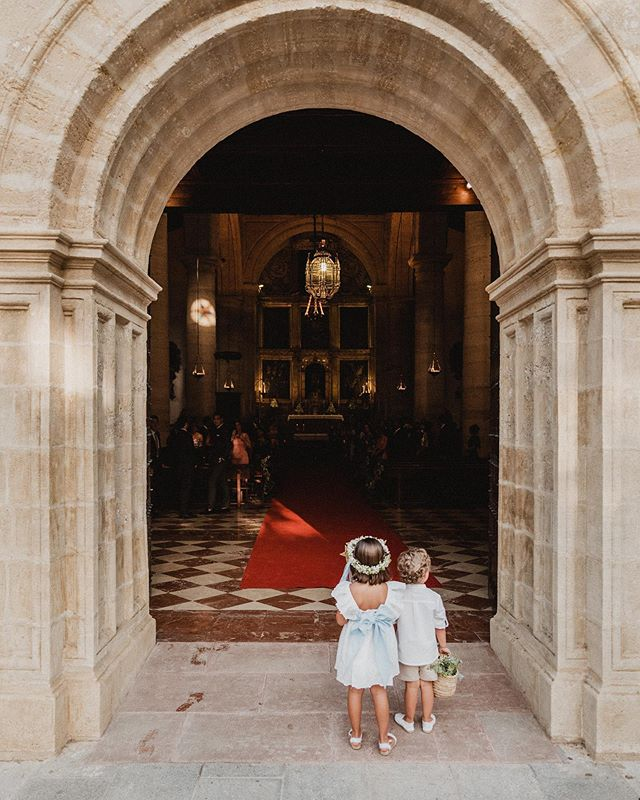 Esperando a la novia 😍. . . #wedding #weddingphoto #malaga #antequera #weddingplanner #weddingphotoideas #weddingphotography #fotografiadebodas #boda #couplegoals