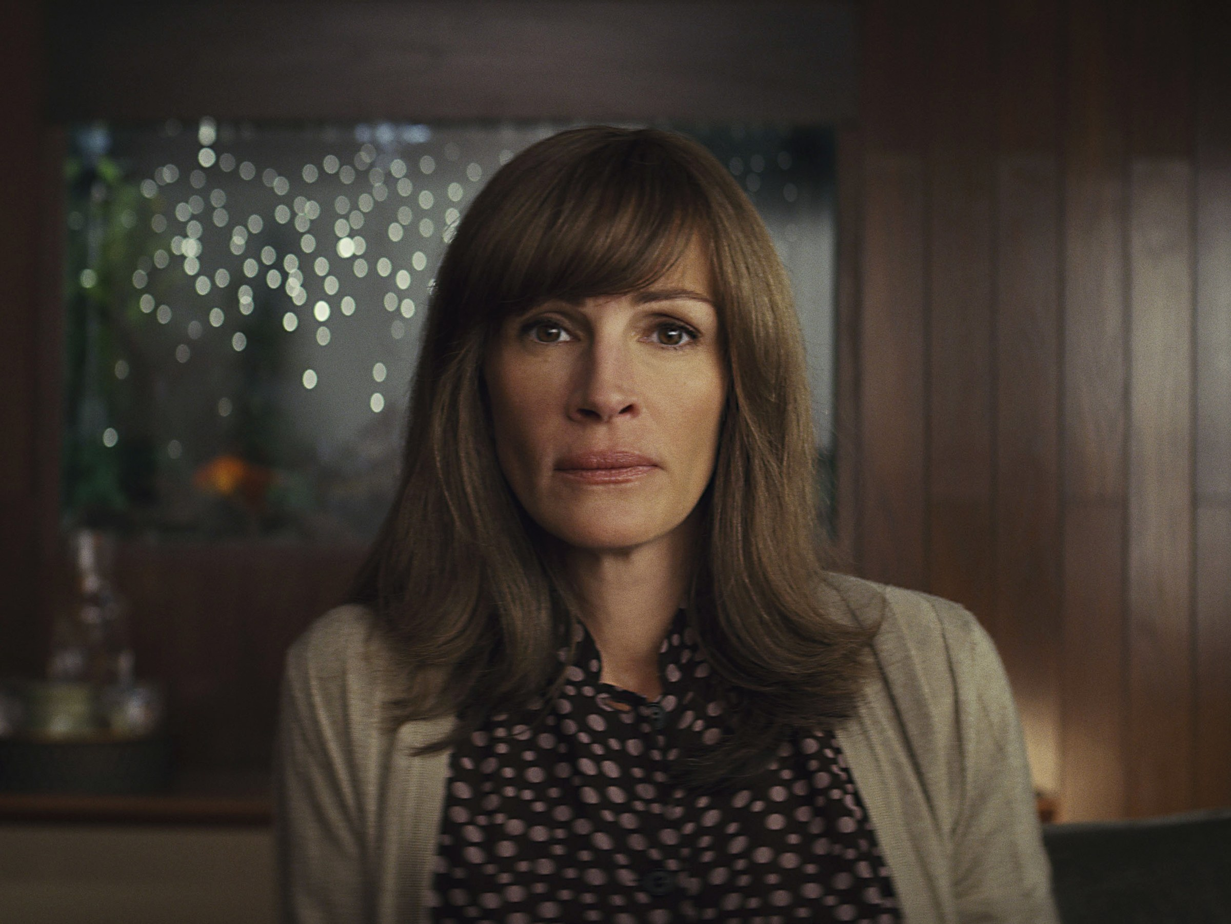 """HOMECOMING"" (Season 1) - VFX SUPERVISOR   Department Head of VFX for the first season of this Amazon show starring Julia Roberts from director Sam Esmail. Duties involved working as the on-set VFX Supervisor, leading the entire department and management of the in-house VFX team and oversight of outside VFX vendors."