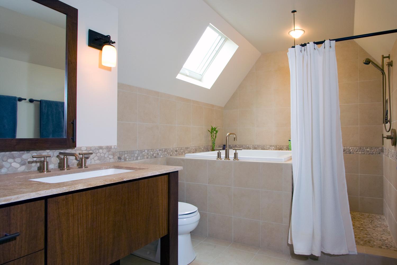 Bathroom - Tudor