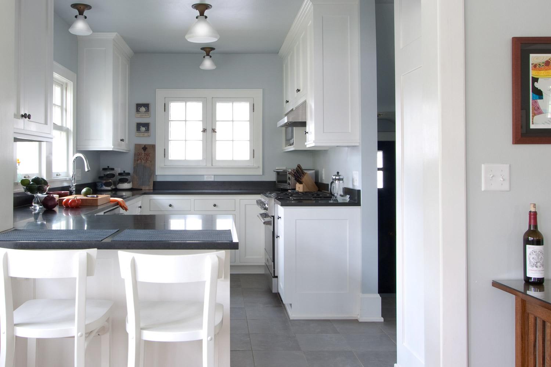 Kitchen - Dutch Colonial