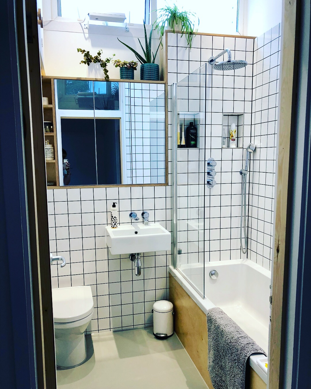 Our Tiny 70s Bathroom Makeover Charlotte Duckworth