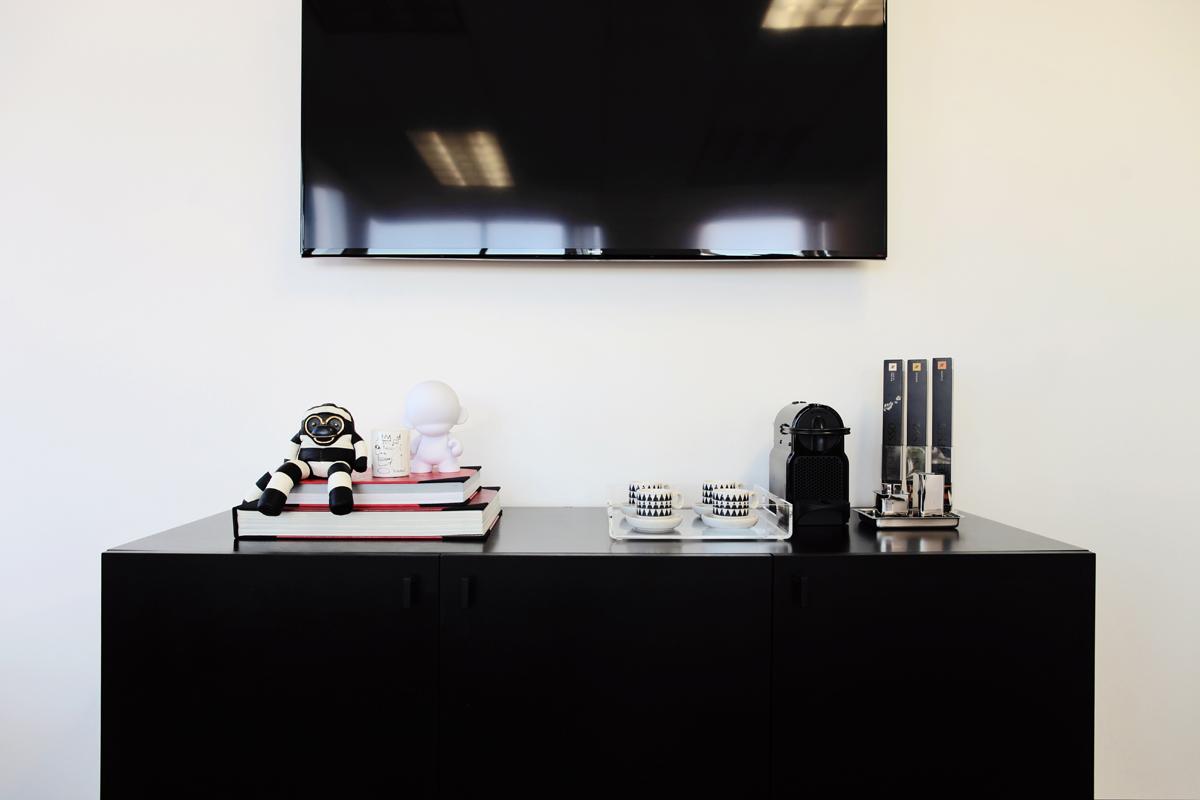 Office 03.jpg