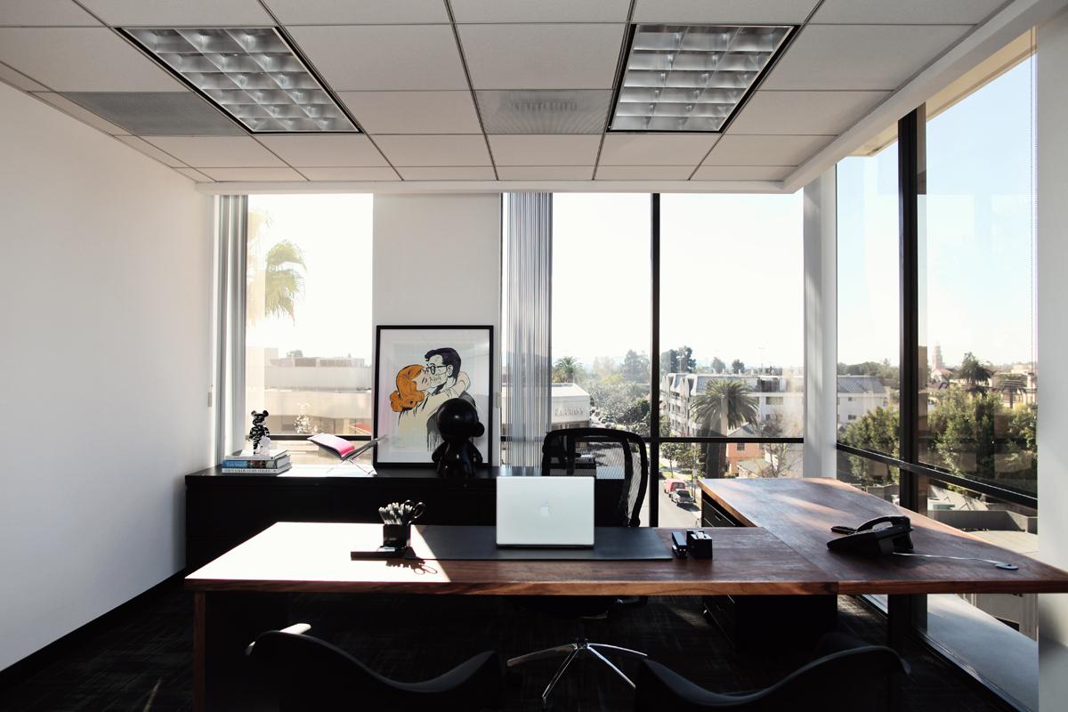 Office 05.jpg