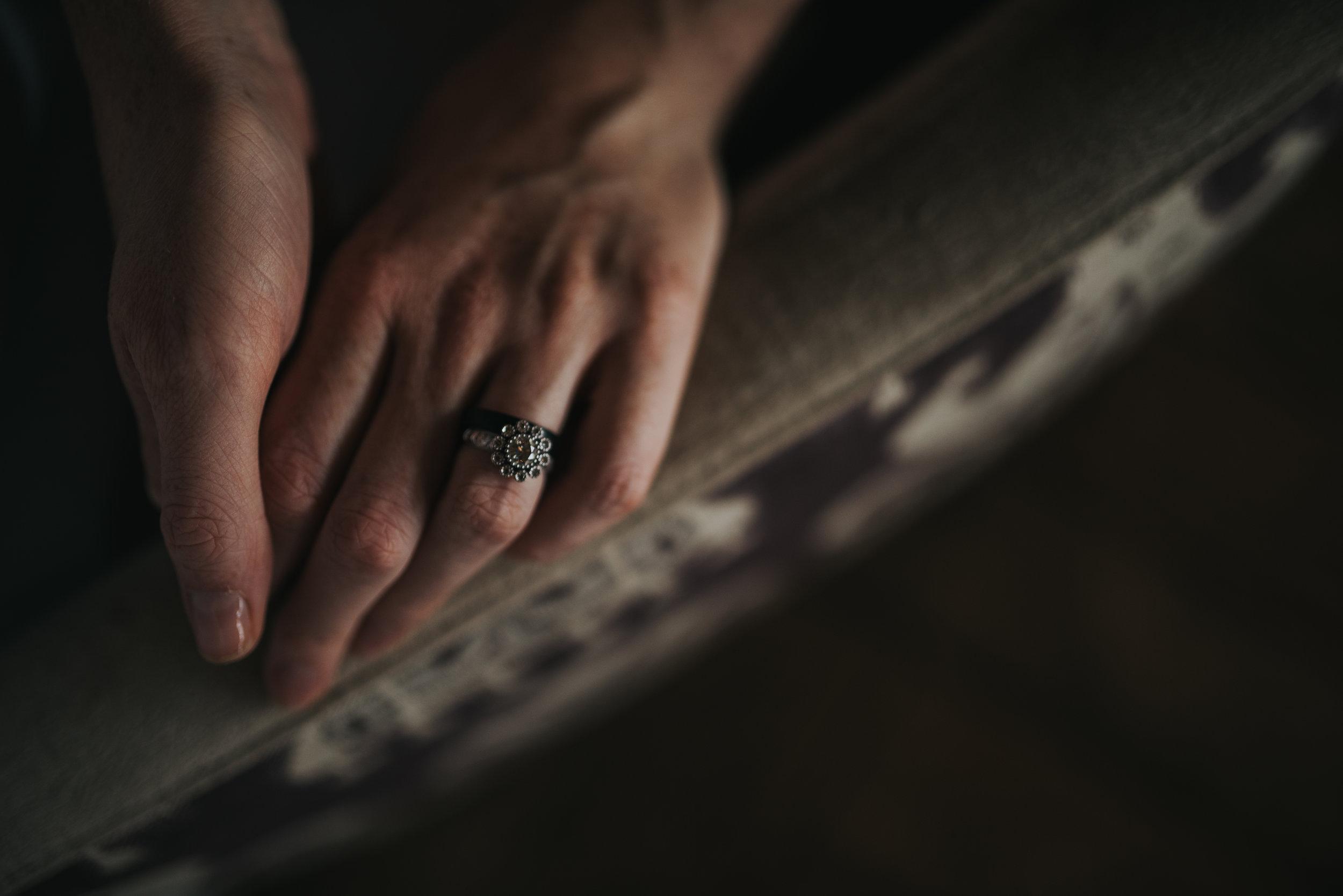 bride-wedding-ring-toronto-outdoor-summer-wedding-documentary-wedding-photography-by-willow-birch-photo.jpg