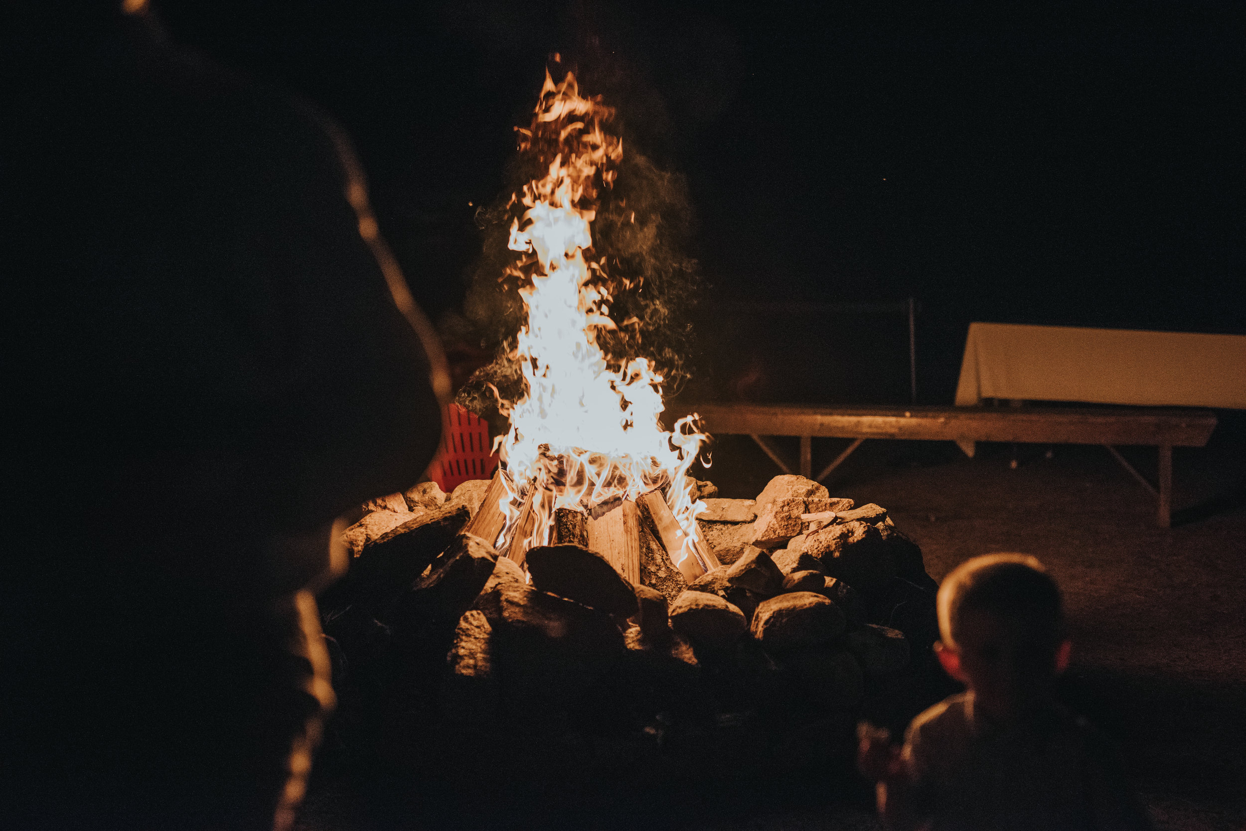 bonfire-rustic-cabin-wedding-reception-toronto-bohemian-boho-outdoor-summer-wedding-documentary-wedding-photography-by-willow-birch-photo.jpg