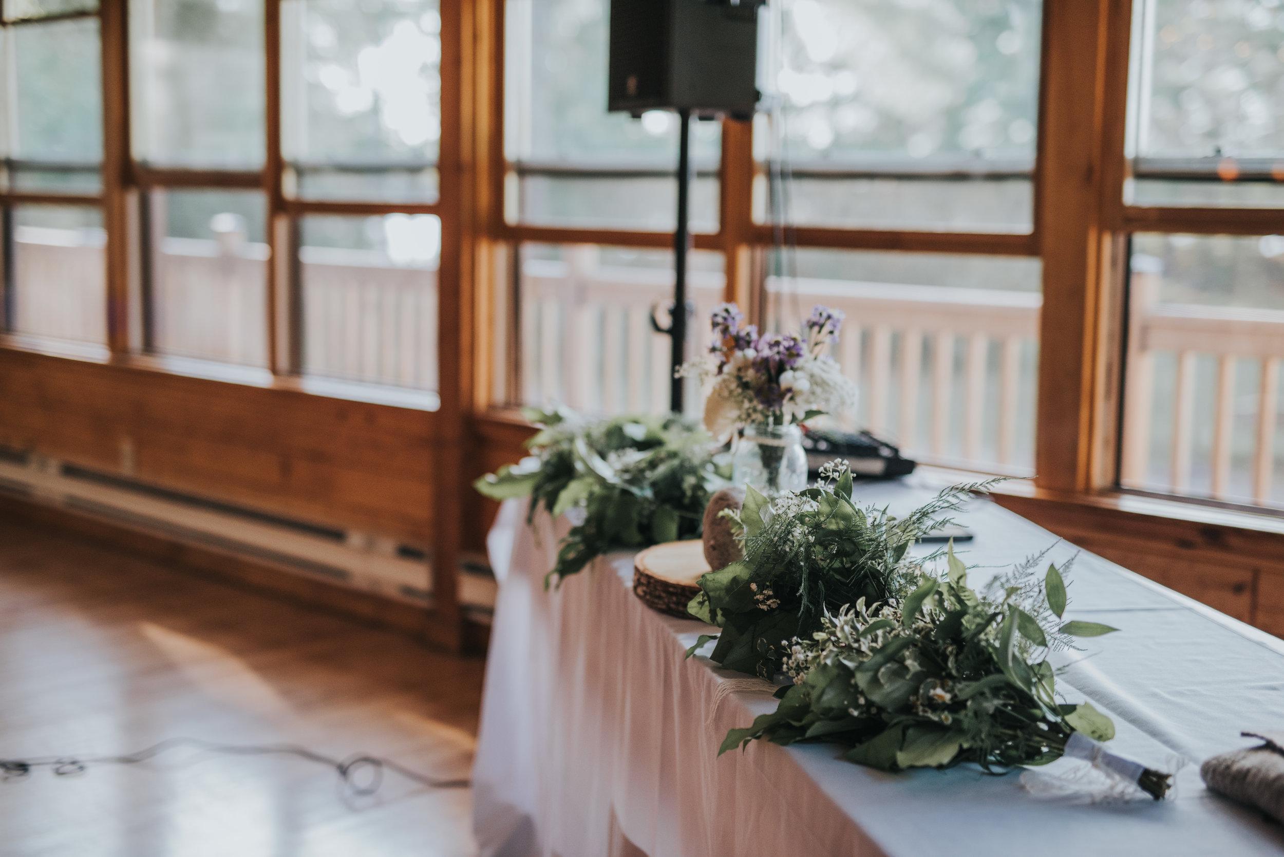 bridal-party-bouquets-rustic-cabin-wedding-toronto-bohemian-boho-outdoor-summer-wedding-documentary-wedding-photography-by-willow-birch-photo.jpg