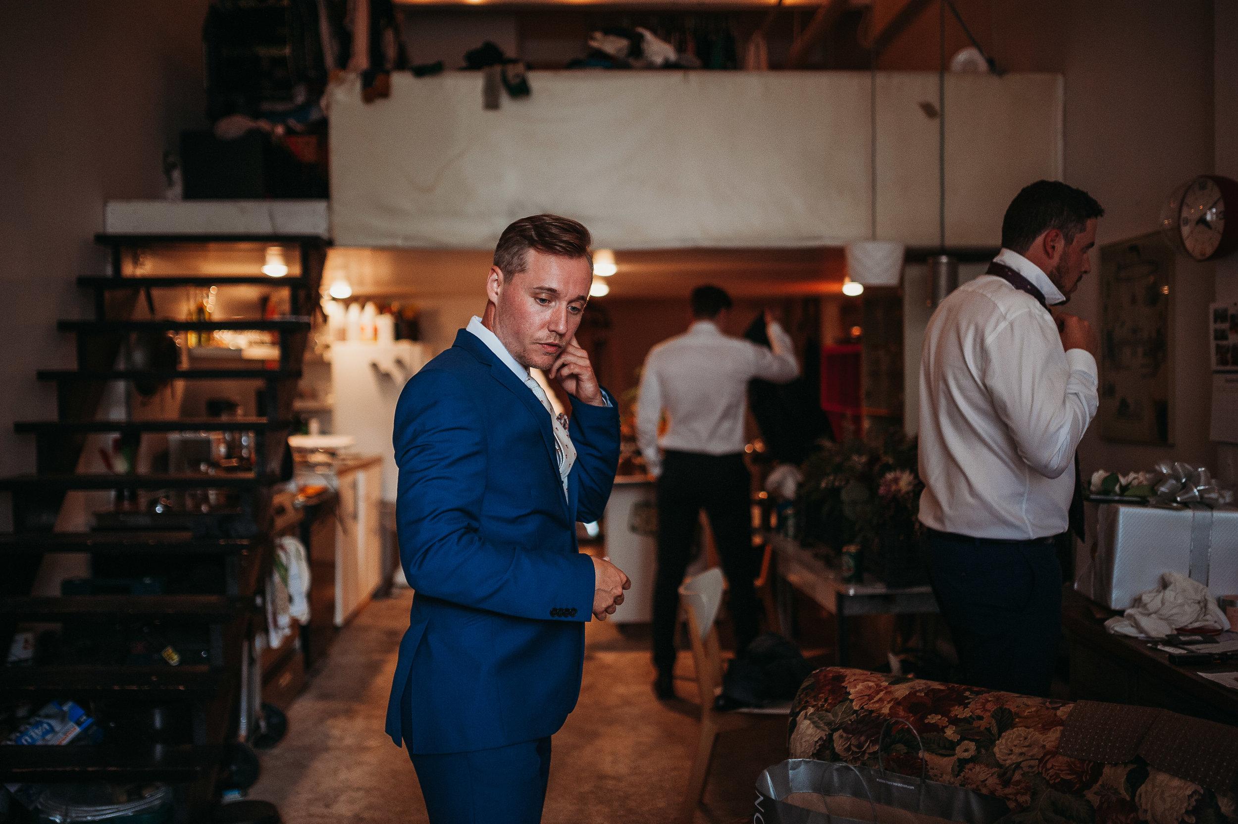groom-getting-ready-pictures-groom-toronto-rustic-boho-airship37-wedding-by-willow-birch-photo-toronto-documentary-wedding-photographers.jpg