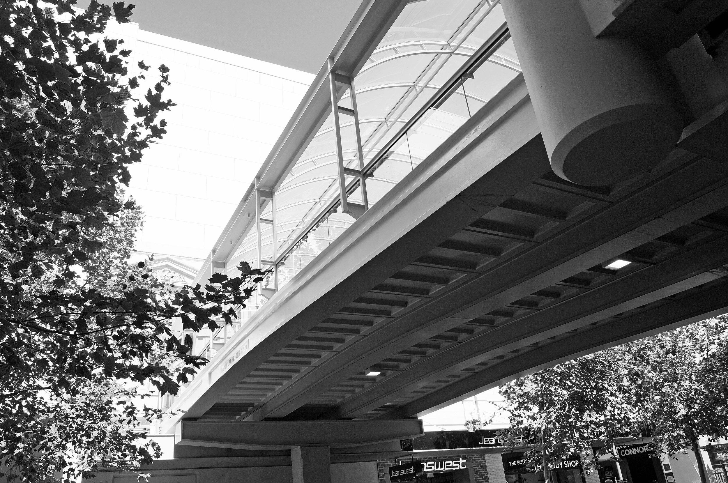 bridge_13-bw.jpg