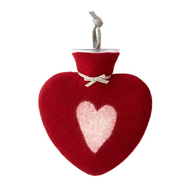 heart water bottle.jpg