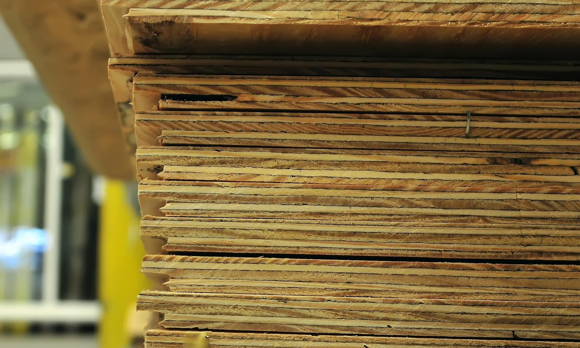 - Hardwood plywood
