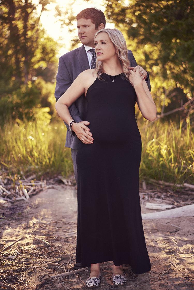 Maternity Photos Aylmer, London, St. Thomas, Tillsonburg Ontario. Kyle Green Photography