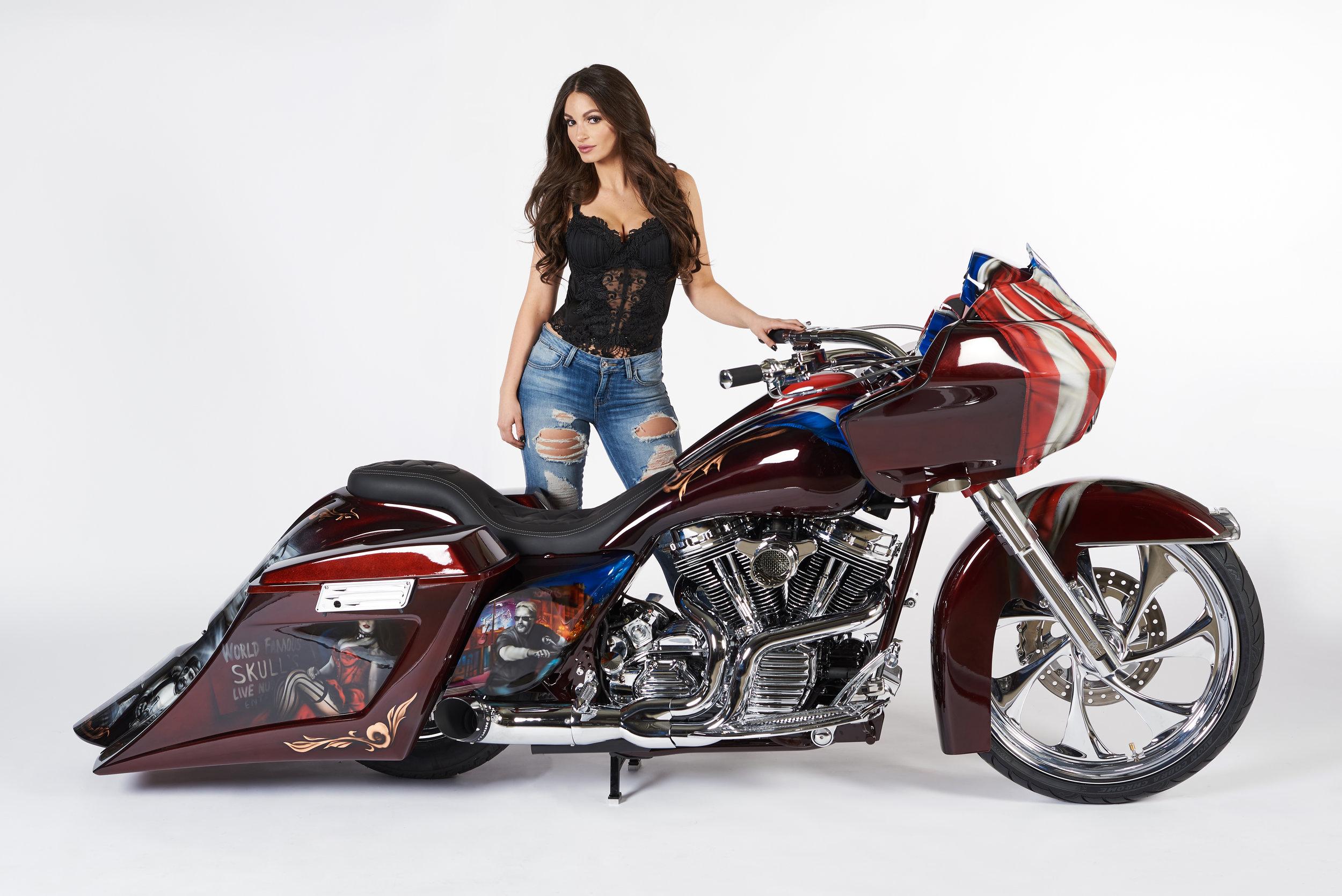 Custom Harley Davidson RoadGlide by DG Custom Cycle, Photo by Kyle Green of Aylmer Ontario.